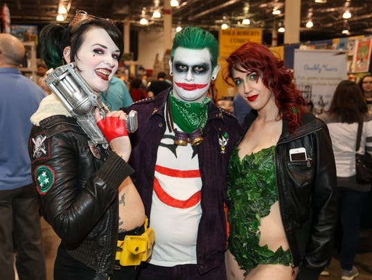 Live from motor city comic con day 2 for Motor city comic con