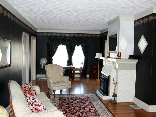 5000 square foot house on market for 137 900 - The living room great falls mt ...