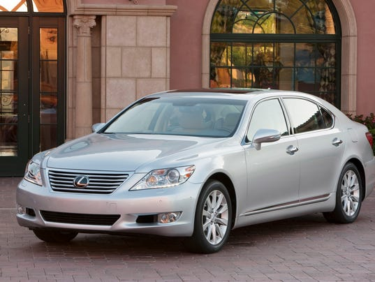 Toyota Recalls Lexus Cars In U S