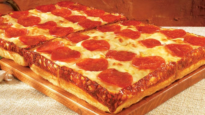 Little Caesars New DEEP!DEEP! Dish Pizza.  (PRNewsFoto/Little Caesars Pizza) ORG XMIT: PRN11