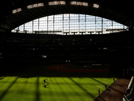 APTOPIX_NLCS_Dodgers_Brewers_Baseball_37907.jpg