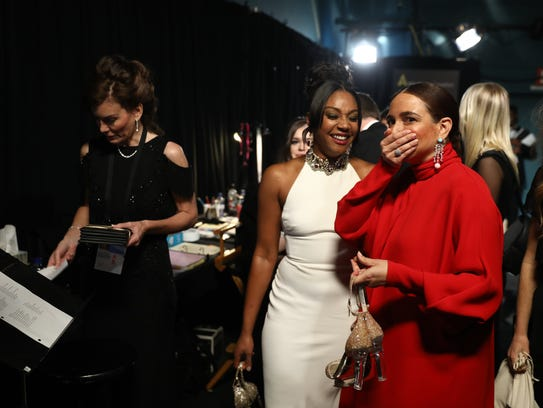 Tiffany Haddish cracks up Maya Rudolph backstage before