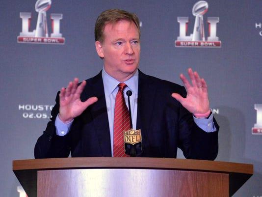 USP NFL: HANDOFF TO HOUSTON-PRESS CONFERENCE S FBN USA CA
