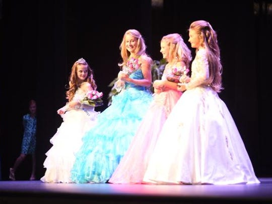 Pageant winners take the stage Saturday. Nearly 90 contestants signed-up for the annual pageant this year in Mountain Home. The pageant kicks off the 2015 Baxter County Fair.