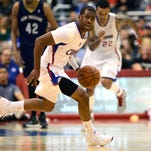 March 1, 2014 - Clippers guard Chris Paul looks for a pass after stealing the ball against the  Pelicans.