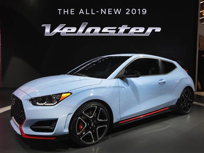 Hyundai introduces the 2019 Hyundai Veloster N at the