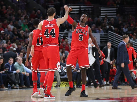 Chicago Bulls forward Bobby Portis (5) congratulates
