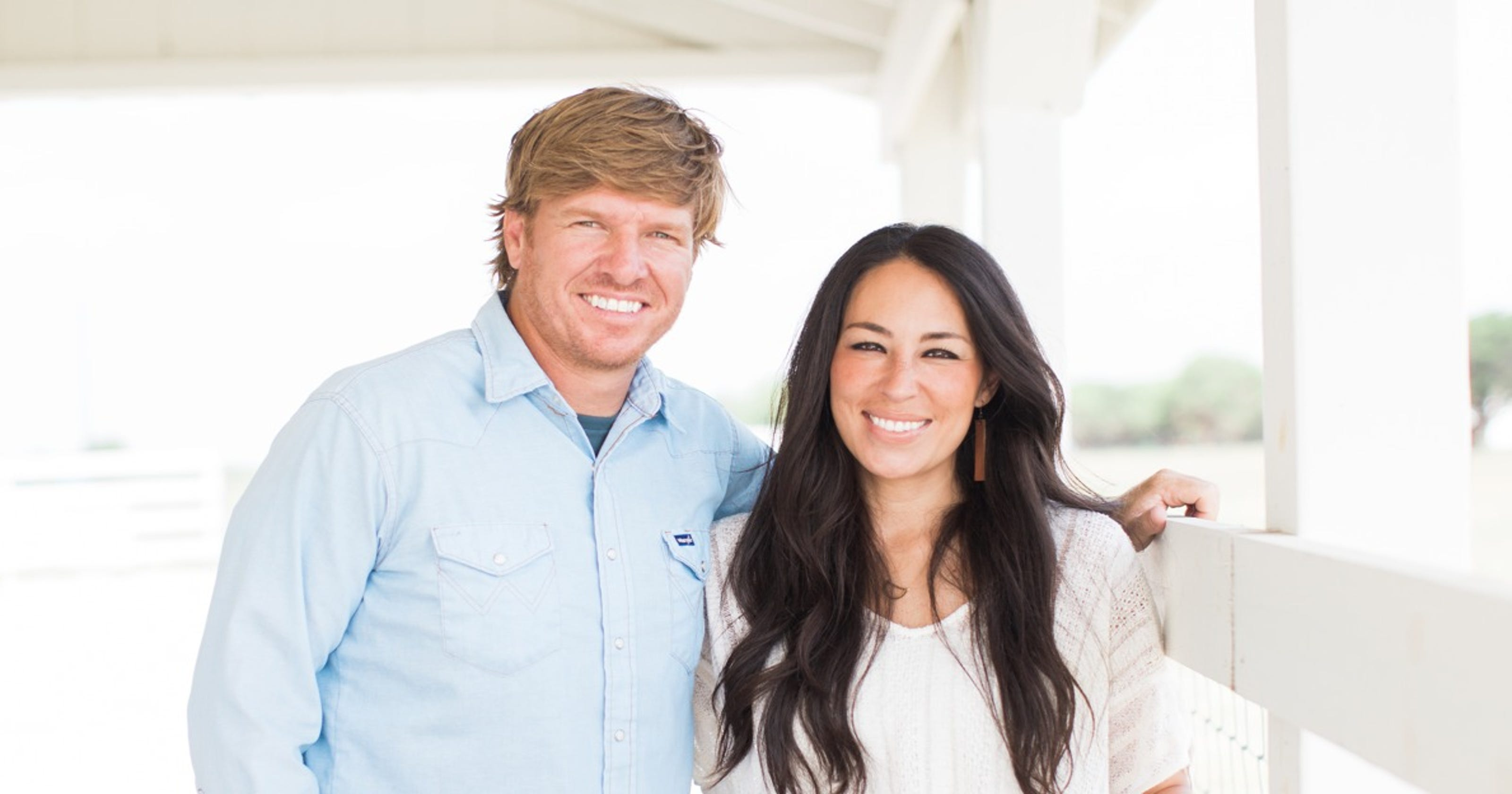 Chip And Joanna Gaines Announce Theyre Coming Back To Tv