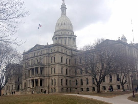 The State of Michigan has closed all government offices in the Lower Peninsula because of Monday's winter storm.