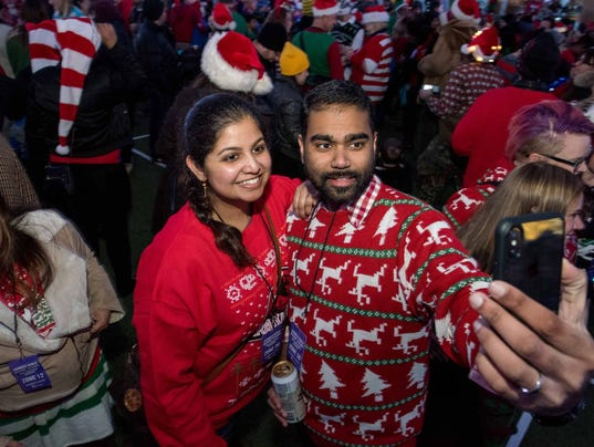 636484516755733553-Ugly-sweater-record-attempt.JPG