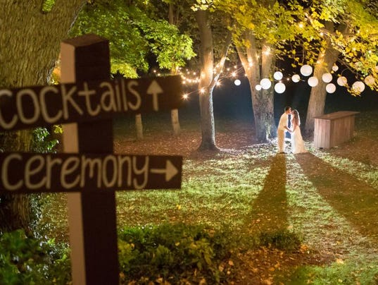 Outdoor Weddings In Indiana Offer Rustic Casual Charm