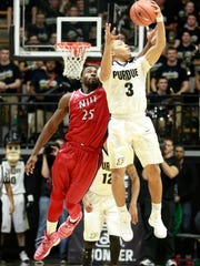 NJIT wing Rob Ukawuba (25) leaps against Purdue last month