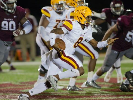 Jones County Junior College quarterback Detric Hawthorn