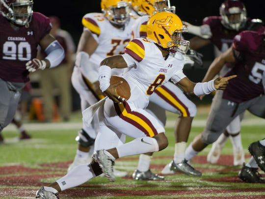 Jones County Junior College quarterback Detric Hawthorn has helped lead the Bobcats to seven consecutive wins.