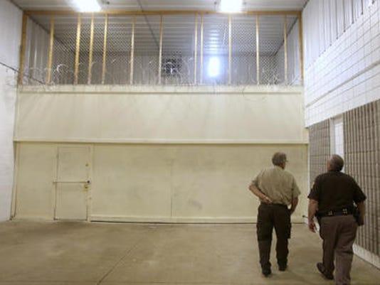 636062606239225406-Henry-County-jail.jpg