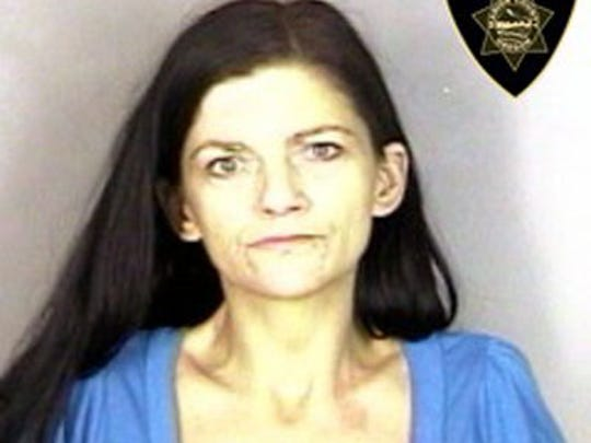 SANTRIZOS, ADRIANNE NIKKOLE / CHARGES: UNLAWFUL POSSESSION OF HEROIN, FAIL TO APPEAR I (3), THEFT II, POSS CONTROL SUB - SCH II (2), POSS CONTROL SUB - SCH IV