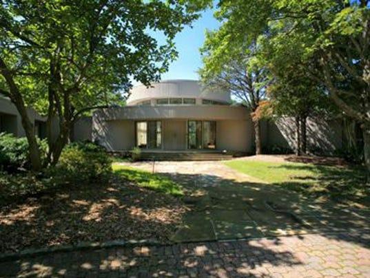 GAN WHITNEY HOUSTON HOUSE 020914