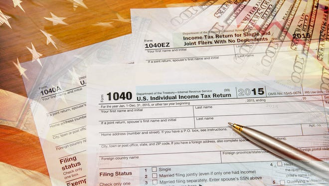 iStockphoto of a 2015 U.S. tax return form.