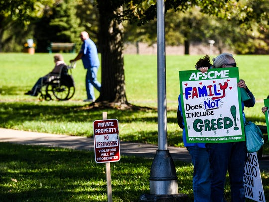 Cedar Haven Nursing Home members of the AFSCME Local 2732 went on strike at noon on Friday, Oct. 20, 2017.