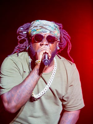 Auto-Tune-loving rapper and singer T-Pain on Friday appointed himself the dean of a new school, Wiscansin University, as part of a marketing campaign that's gone viral.