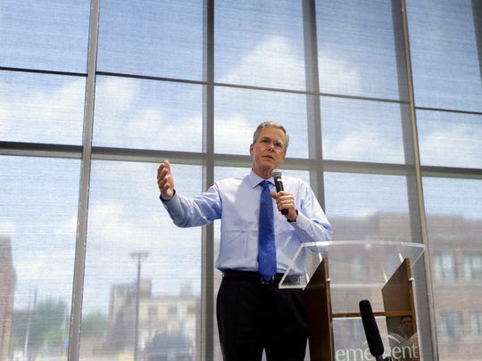 Jeb Bush addresses employees at Emergent BioSolutions on May 28, 2015, in Lansing, Mich.