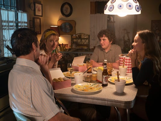 636614642843455936-MOAM-The-Marks-family-l-to-r-Luke-Wilson-Judy-Greer-Blake-Cooper-Li..-.jpg