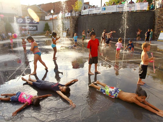 636317334023324854-water-splash-pad.JPG