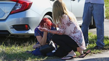 School shooting: Nation mourns with posts on Facebook, Twitter, Instagram