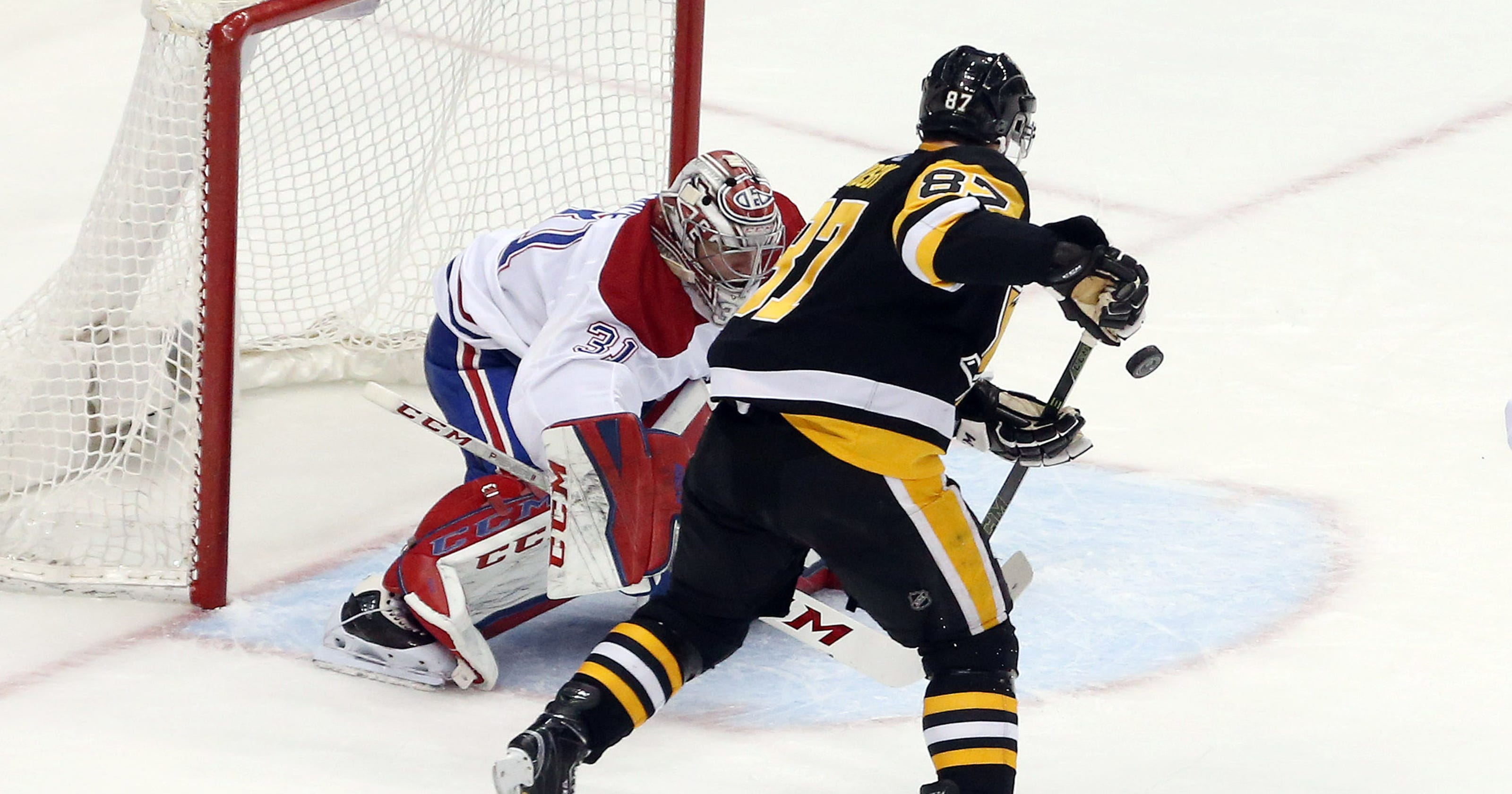 Penguins  Sidney Crosby shows amazing hand-eye coordination on goal vs.  Canadiens 444bbebab
