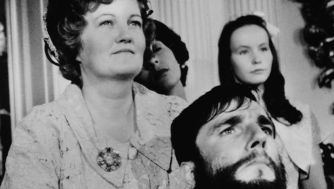 """Brenda Fricker (left) and Daniel Day-Lewis both won Oscars for 1989's """"My Left Foot."""""""