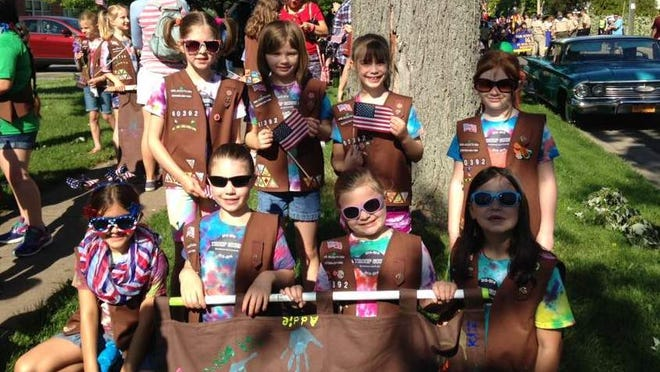 Brownie Troop 60392 (R. Fabbro)