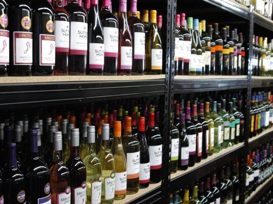 Liquor Store Cap Passes Tennessee House Heads To Gov Haslam