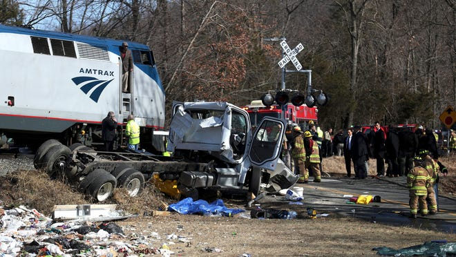 Train Carrying Gop Lawmakers Hits Truck 1 On Truck Killed