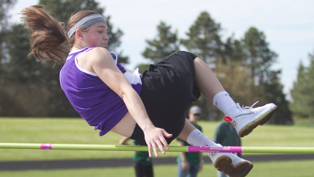 Fowlerville sophomore Elie Smith is a star basketball player who has cleared 5 feet in the high jump. She talks about how she got started in track and field as a secondary sport in high school.