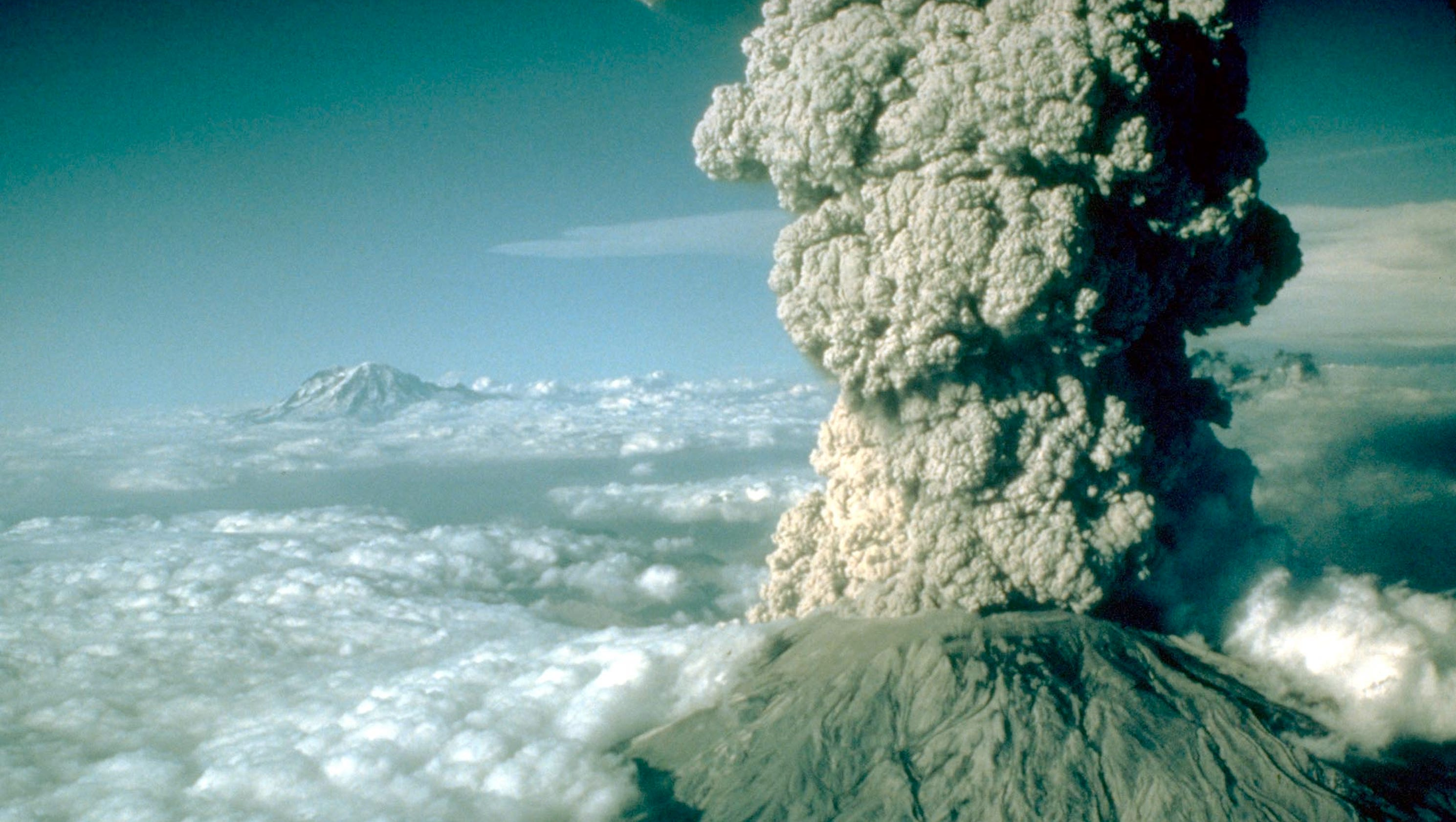 Pictures from the 1980 Mount St. Helens eruption