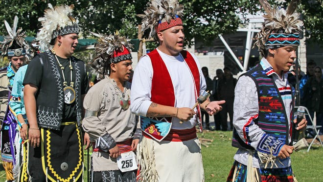 Traditional dancers demonstrate Iriquois social dancing at the 2015 Indian Summer Festival.