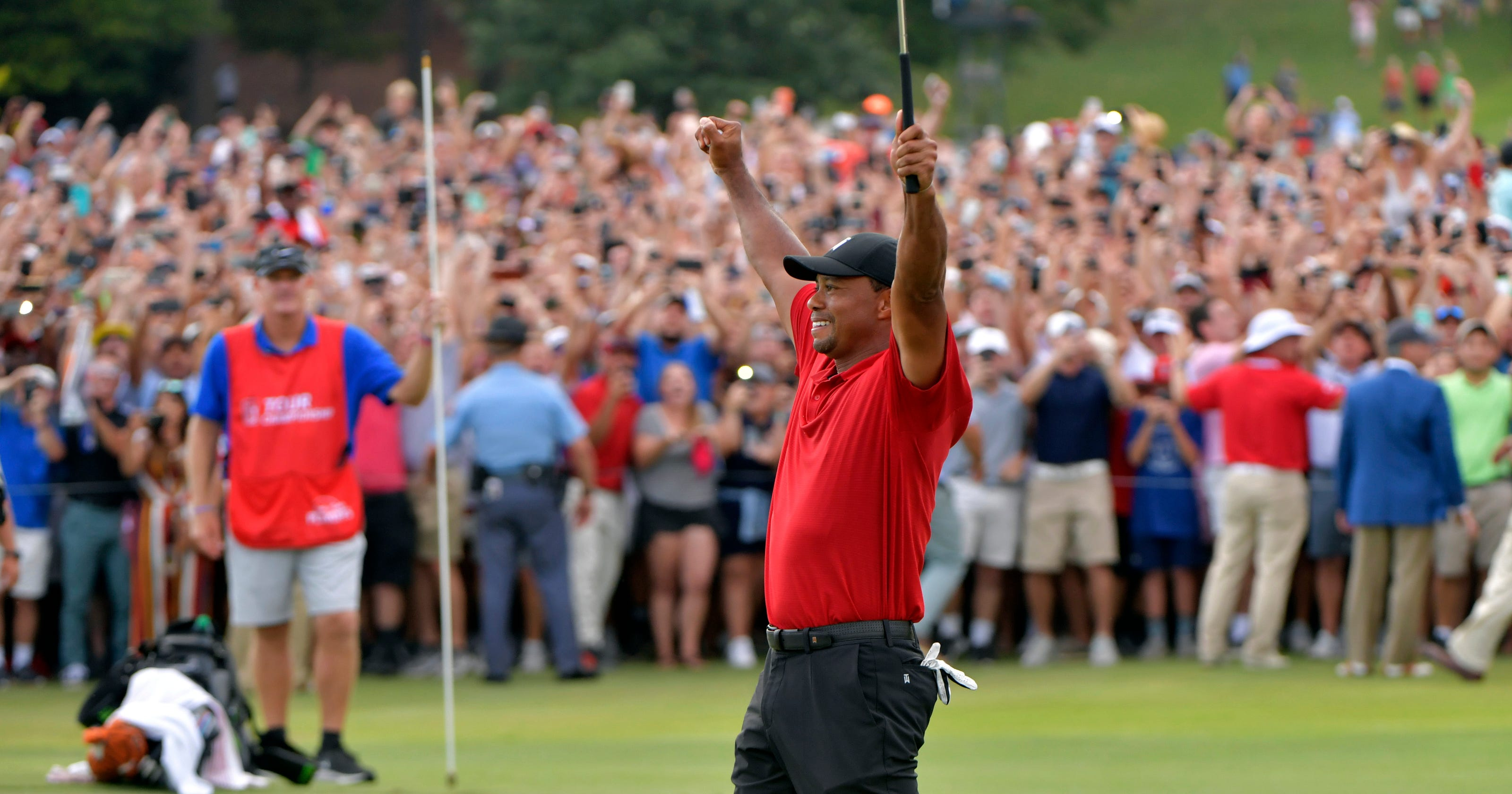Kết quả hình ảnh cho Tiger Woods returned with the 80th PGA Tour title in his career