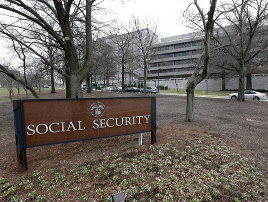 Social Security benefits to get 2% boost in 2018