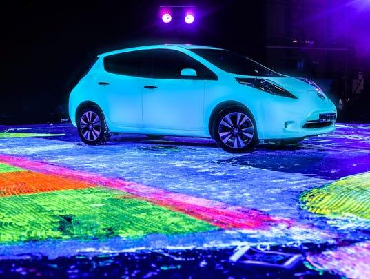 Glow-in-the-dark Nissan LEAF breaks Guinness World Records title
