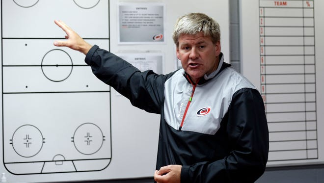 New coach Bill Peters will attempt to turn around the fortunes of the Carolina Hurricanes.