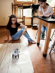 050814-Girl Scout Science.rc0055.JPG