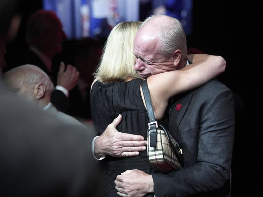 Mourners and NHL fans pay their respects to Mark Howe, son of legendary hockey Hall of Famer Gordie Howe, at Gordie Howe's visitation Tuesday at Joe Louis Arena.