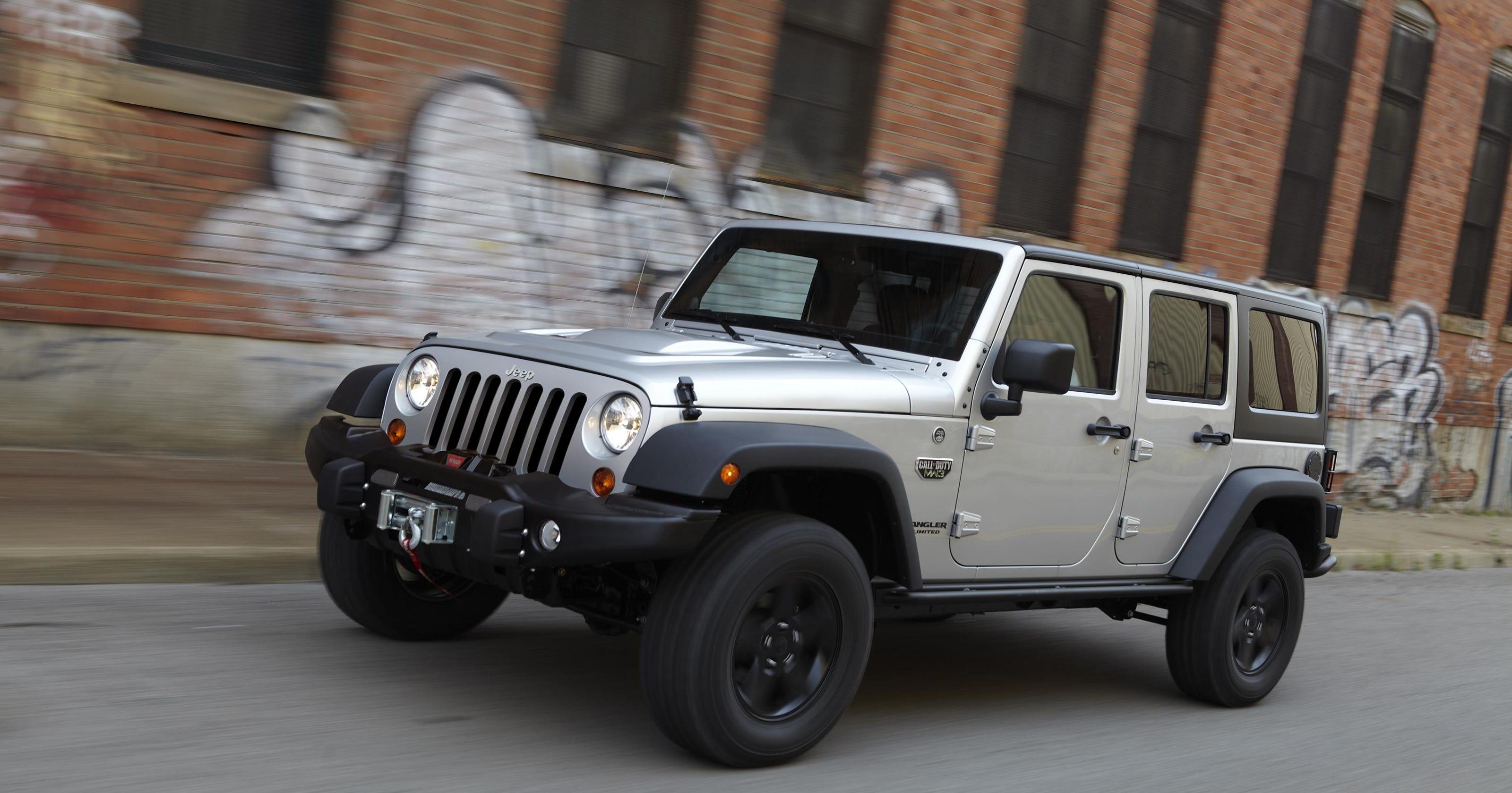 7e439b0d44b1 U.S. probes 630K Jeep Wrangler SUVs for air bag issue