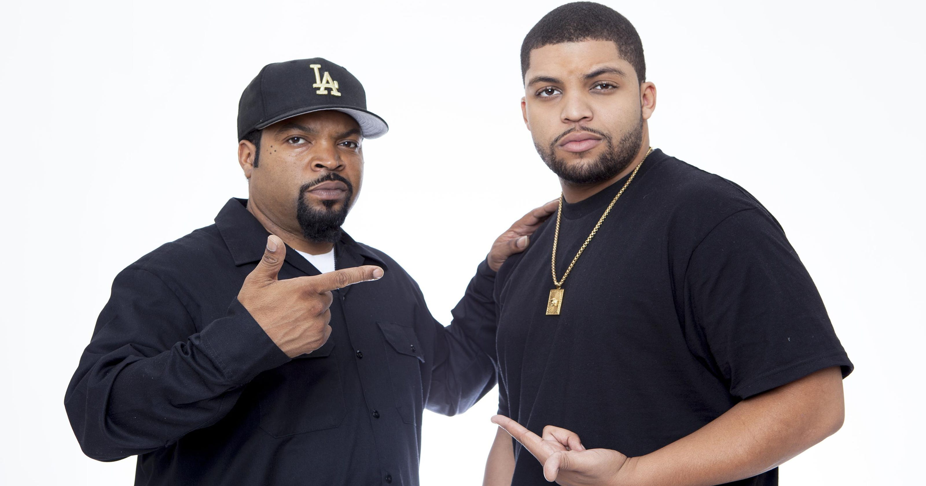ice cube s son becomes him in straight outta compton. Black Bedroom Furniture Sets. Home Design Ideas