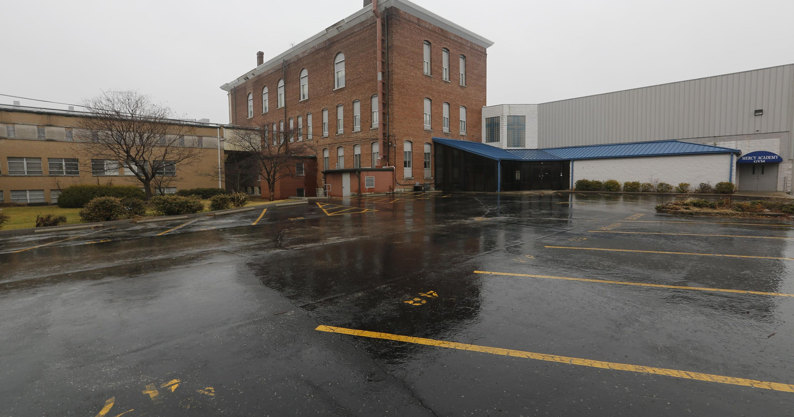 Old Mercy Academy Site To Be Apartment Complex