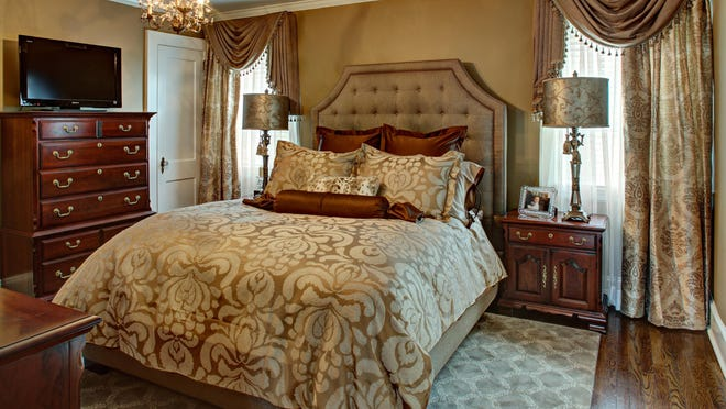 When showing a home for sale, making beds and using attractive linens will make prospective buyers want to sleep there.