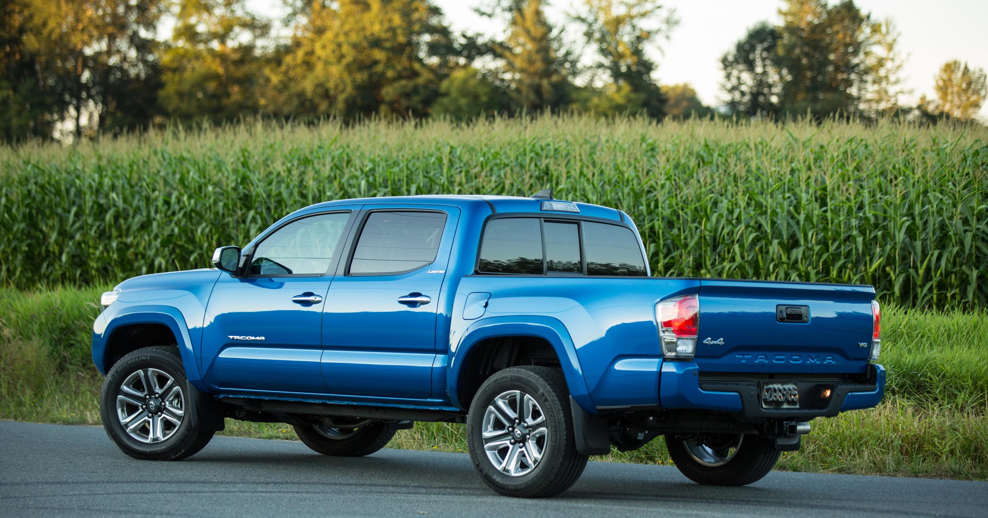 Toyota Tacoma Towing Capacity >> Toyota Tacoma Adds Power And Towing Capacity For 2016