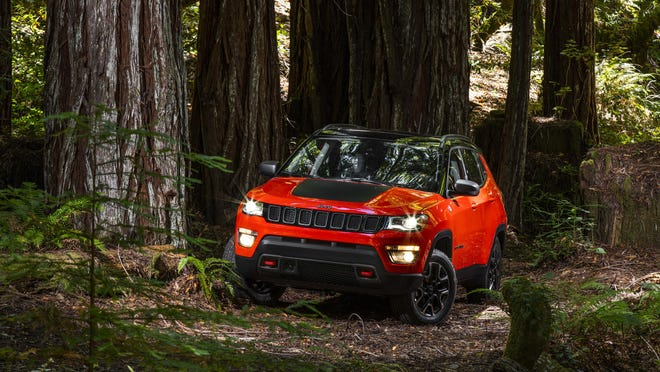 The 2017 Jeep Compass Trailhawk premiered in Brazil on Monday night. The new Compass will replace the current Compass and the Patriot.