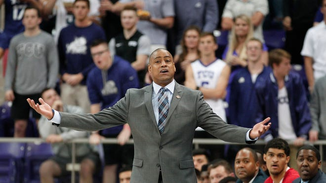 Fresno State coach Rodney Terry questions during the first half of the team's NCAA college basketball game against TCU in the first round of the NIT, in Fort Worth, Texas, Wednesday, March 15, 2017. (Paul Moseley/Star-Telegram via AP)
