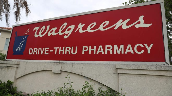 Walmart began providing DisposeRx packets to pharmacy customers last year.